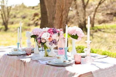 Colorful-Vintage-Bridal-Shower-01_large