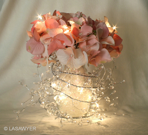 garland-lights-wedding-centerpiece